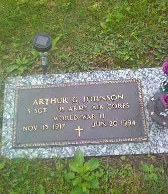 JOHNSON (VETERAN WWII), ARTHUR - Kanawha County, West Virginia | ARTHUR JOHNSON (VETERAN WWII) - West Virginia Gravestone Photos